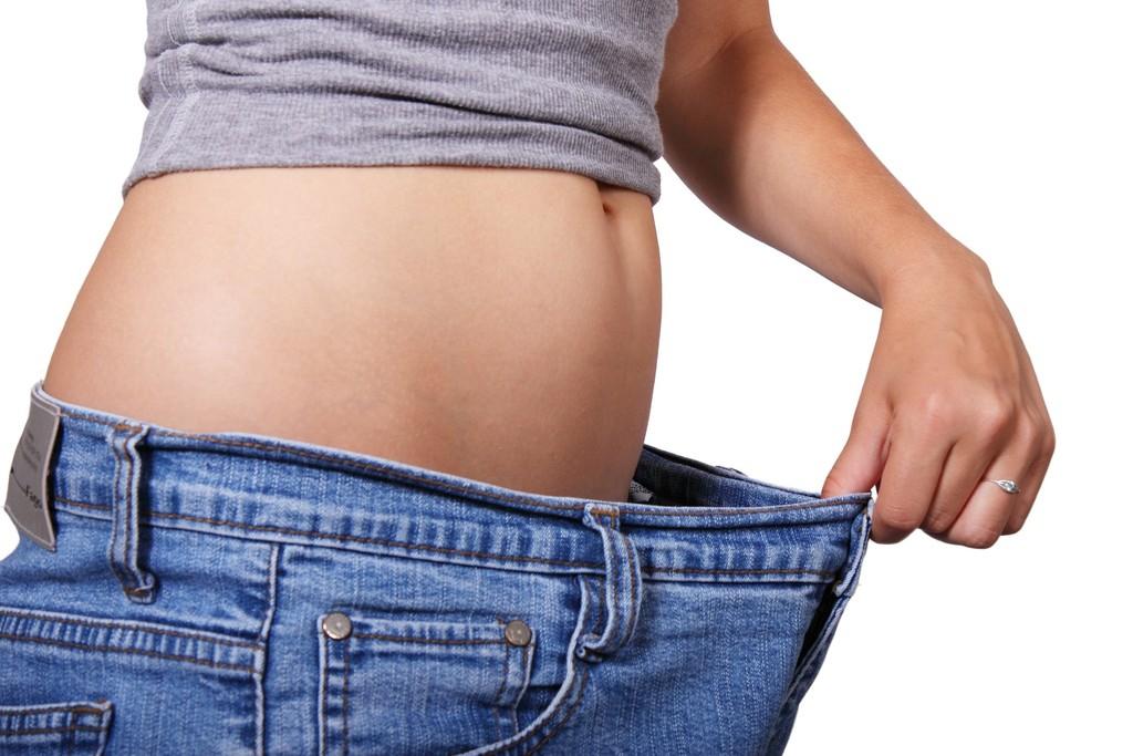 【45日系暢排酵素】擺脫冬季臃腫症候群!空腹、睡前這樣吃……….過年後褲子居然變鬆了